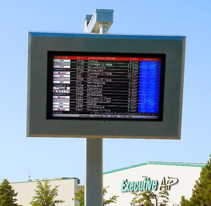 Green_Bay__Austin_Straubel_International_Airport_ViewStation_by_ITSENCLOSURES_LCD_Enclosure.jpg